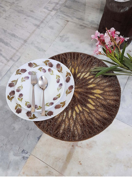 Jamie Placemats for table setting