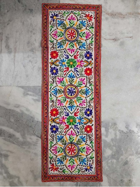 Hippy floral tapestry - -